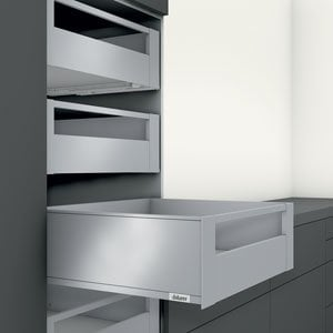 C Height Interior Roll-Out Drawer (LEGRABOX)