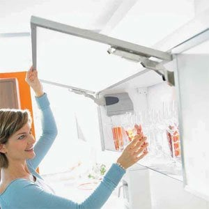 AVENTOS HK Stay Lift System & SERVO-DRIVE & Tip On by Blum