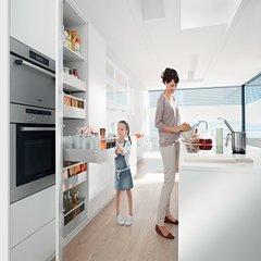 "Tandembox 24"" Cabinet Profile w/ Blumotion Left/Right-150 LB 576.6001B"