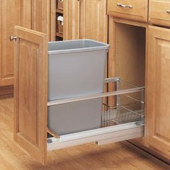 Single Trash Pullout 35 Quart Silver