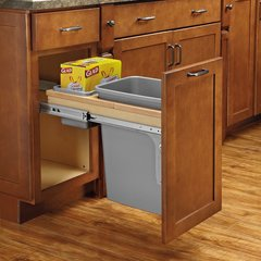 Single Trash Pullout 50 Quart with Soft-Close