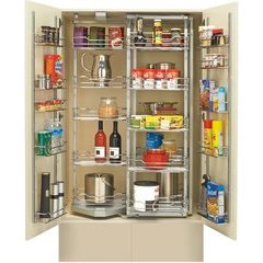 31 Inch Chef's Pantry withDoor Storage - Chrome