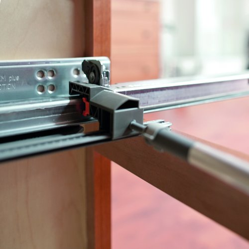 "Blum Movento Lateral Stabilizer Set for 12"" - 24"" Lengths ZS7M686MU"