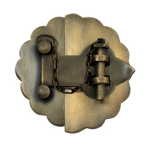 Latch with Scalloped Backplate 3-1/2 inch Diameter - Antique Brass <small>(#HLA6010)</small>