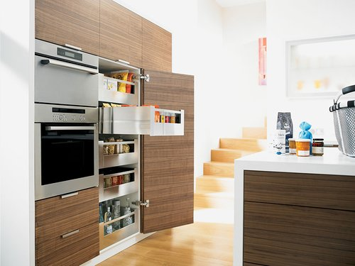 Blum Tandembox M- 22 inch Drawer Profile Left/Right Stainless Steel 378M5502IA
