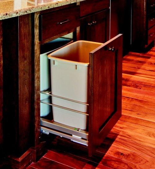 Kessebohmer Single Trash Pullout 36 Quart White 502.56.200
