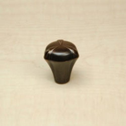 Century Hardware Luna 1-1/8 Inch Diameter Regent English Cabinet Knob 28024-RE