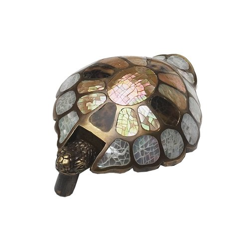 Schaub and Company Art Designs 1-3/4 Inch Diameter Mother Of Pearl/Estate Dover Cabinet Pull 864-MOP/ED