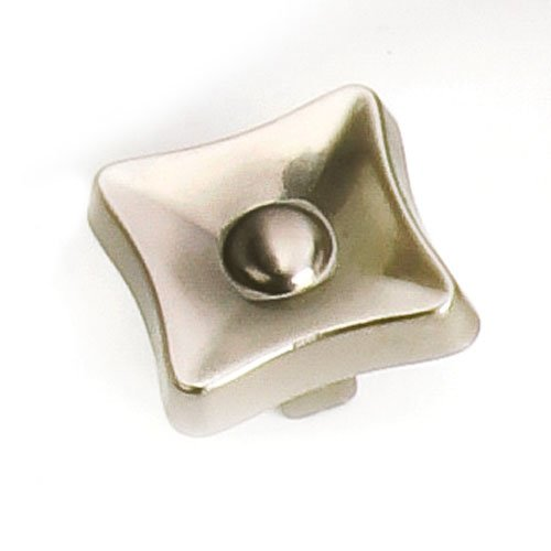 Laurey Hardware Flair 1-1/4 Inch Diameter Satin Nickel Cabinet Knob 38628